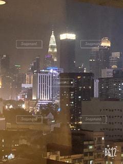 夜の街の景色の写真・画像素材[1761728]