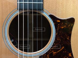 ギターの写真・画像素材[2116203]