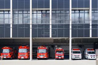 消防車と救急車の整列の写真・画像素材[3152446]