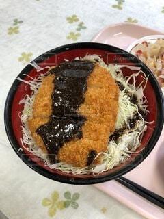 ソースカツ丼の写真・画像素材[3652972]