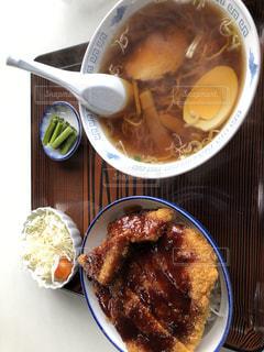 ソースかつ丼定食の写真・画像素材[2767431]