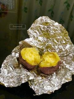 焼きたて焼き芋の写真・画像素材[1812967]