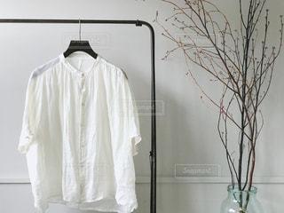 白いシャワー カーテンの写真・画像素材[1279518]