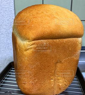 焼きたて食パンの写真・画像素材[3134273]