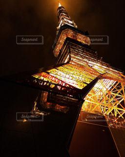 クロック タワーは夜ライトアップの写真・画像素材[1773918]