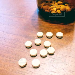 錠剤の写真・画像素材[1829583]