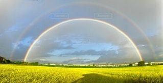 虹の全景の写真・画像素材[3615844]