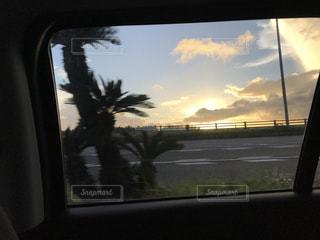車の窓からみた風景の写真・画像素材[1781753]
