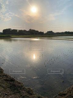 三つの太陽の写真・画像素材[2111553]