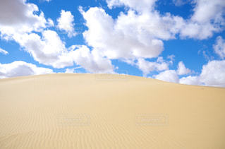エジプトの砂漠と空の写真・画像素材[1785680]