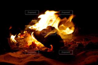 焚き火の写真・画像素材[1785717]