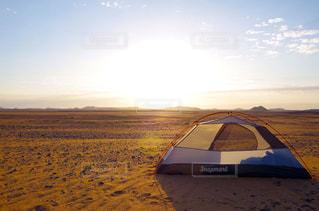 砂漠でのキャンプの写真・画像素材[1821884]
