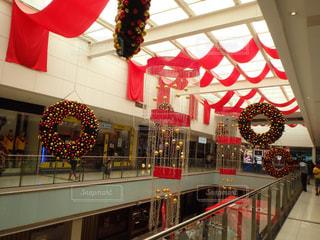 クリスマスのショッピングモールの写真・画像素材[2162786]