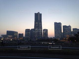 横浜の夕暮れの写真・画像素材[1790952]