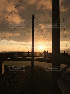 朝焼けに染まる、山頂の写真・画像素材[1793858]