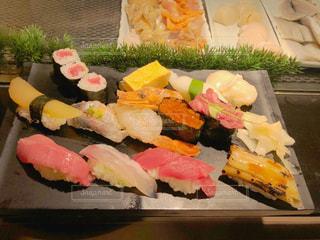 にぎり寿司の盛り合わせの写真・画像素材[2028776]