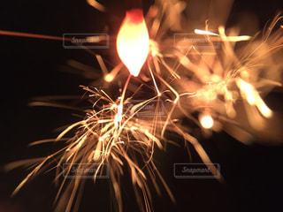 線香花火の写真・画像素材[1816017]