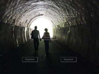 トンネルの向こうにの写真・画像素材[1829391]