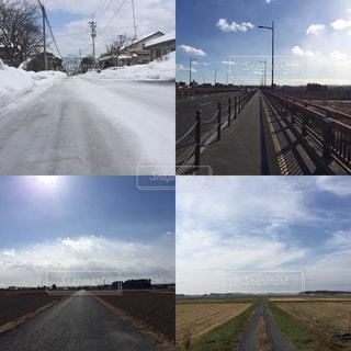 一本道〜冬のウォーキングの写真・画像素材[1792262]