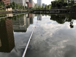 水域に架かる橋の写真・画像素材[2403953]