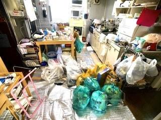 ゴミ屋敷の写真・画像素材[2775592]