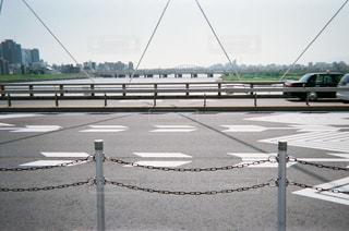 橋の上の写真・画像素材[1853580]
