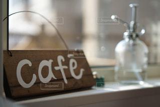 カフェの窓の写真・画像素材[1820774]