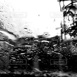 雨の日のフロントガラスの写真・画像素材[1804783]