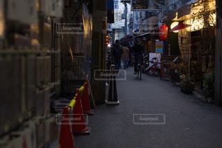 夜の大阪の街並みの写真・画像素材[1872974]