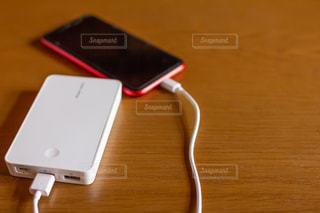 携帯充電器の写真・画像素材[2021150]