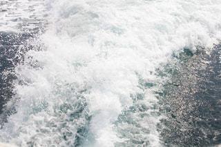 フェリーの水しぶきの写真・画像素材[2094958]