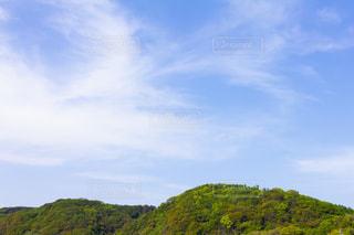 青空と山の写真・画像素材[2094974]