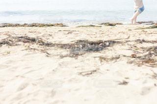 海と裸足の写真・画像素材[2094991]