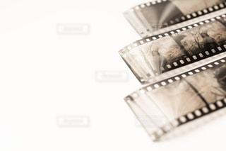 セピア色のネガフィルムの写真・画像素材[2182423]