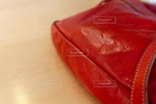 革のショルダーバッグの写真・画像素材[2182473]