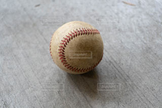 野球硬式ボールの写真・画像素材[2040771]