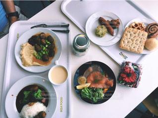 IKEAで昼食の写真・画像素材[1812645]