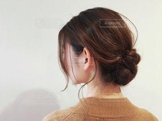 女の子の後ろ姿の写真・画像素材[1812759]
