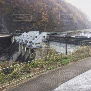 釜房ダム放水の写真・画像素材[1806367]