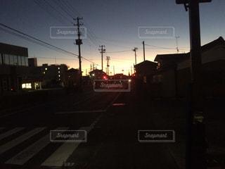 夜明けの景色、東の空の写真・画像素材[1810520]
