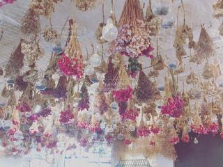 見上げれば花たちがの写真・画像素材[1806610]