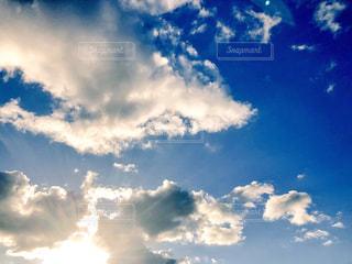 雲からこんにちはの写真・画像素材[1810351]