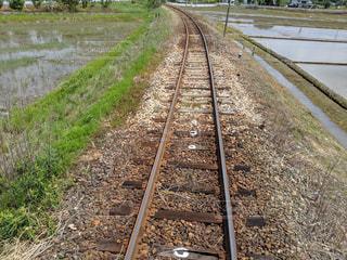 線路は続くよどこまでもの写真・画像素材[2098225]