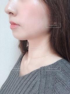 女性の横顔の写真・画像素材[1851606]