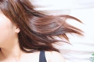 サラサラ髪の写真・画像素材[2331709]