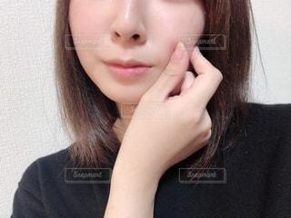 女性の自撮りの写真・画像素材[2752432]