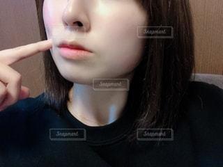 女性のすっぴん肌の写真・画像素材[2764258]