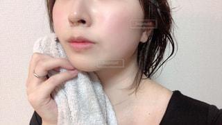 女性のすっぴん肌の写真・画像素材[2800450]