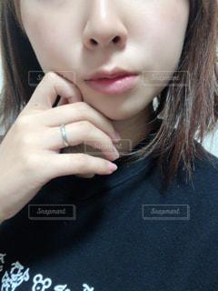 女性のクローズアップの写真・画像素材[2803995]