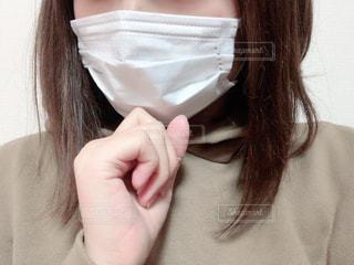 マスクをした女性の写真・画像素材[2913598]
